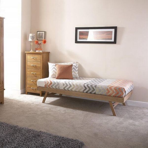 Oak trundle bed with slanted legs